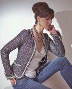 Фото одного из вариантов сшитого женского жакета в стиле Шанель