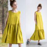 Платье с оборкой бохо сшитое по выкройке желтого цвета