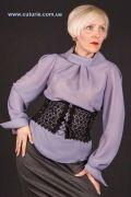 Выкройка «блузы со складами из горловины» 42-62 - Уровень сложности: простой. Блуза может быть сшита, как со складами из горловины, так и со сборкой по горловине и без рукава. См. фото в описании. Подходит для всех типов фигур.