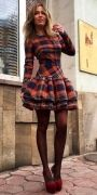 Выкройка платья с юбкой на кокетке 42-52 - Уровень сложности пошива средний. Модель платья с юбкой на кокетке разработана для стройных девушек и молодых женщин. Наиболее подходящие ткани - плательная шерсть и жаккард...