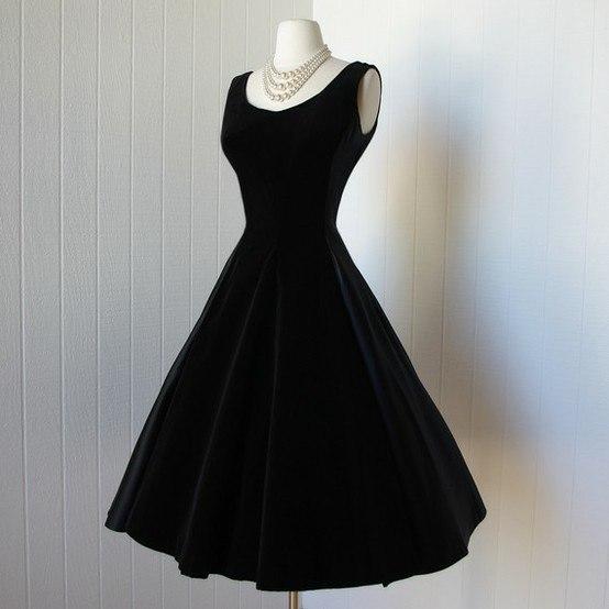 fd4d9313d06 Выкройка платья чёрное нью-лук