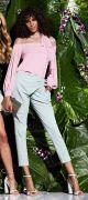 Выкройка брюк женских «Зухаир» - Женские брюки в выкройке размеров от 40 до 52. Уровень сложности шитья брюк без карманов средний, а с карманами профессиональный. Вам понадобится опыт кроя и шитья обычных брюк. Учиться шить и кроить женские брюки самостоятельно с нуля в домашних условиях на модели брюк Зухаир не стоит. Выкройка для начинающих не подходит.